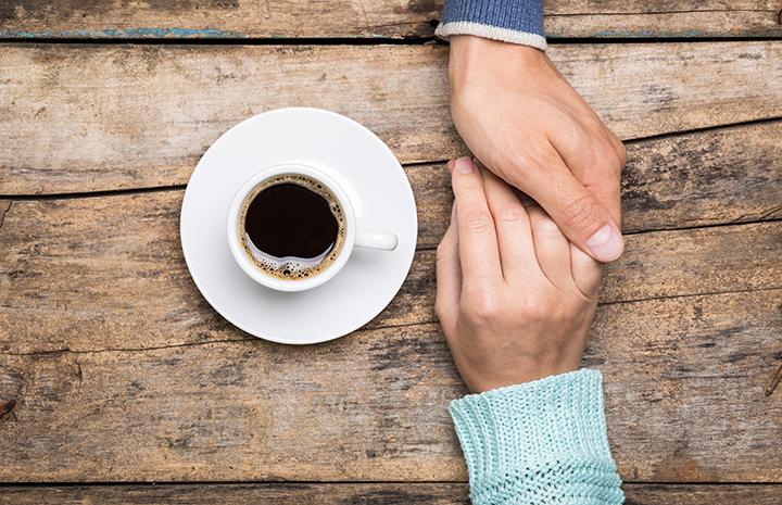 baráti beszélgetés, öröm és bánat